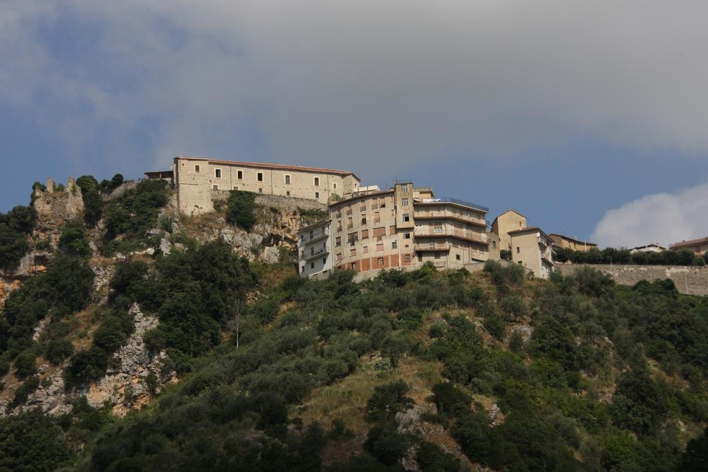 Vista Palazzo ducale da Gorgonero