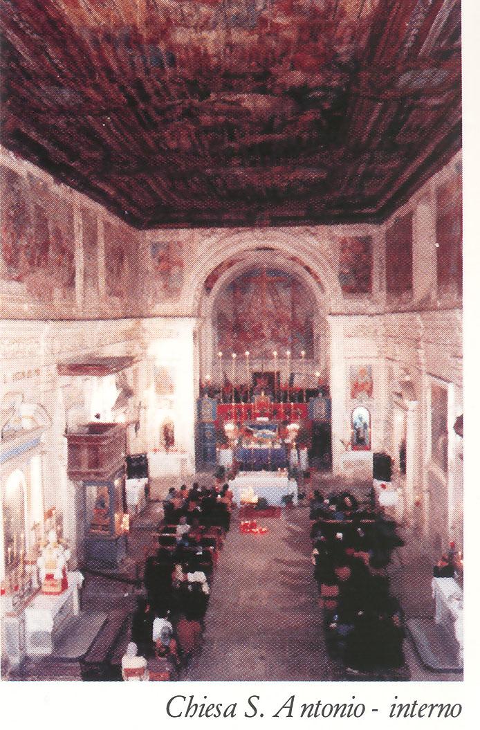 Chiesa S. Antonio - Interno prima del restauro