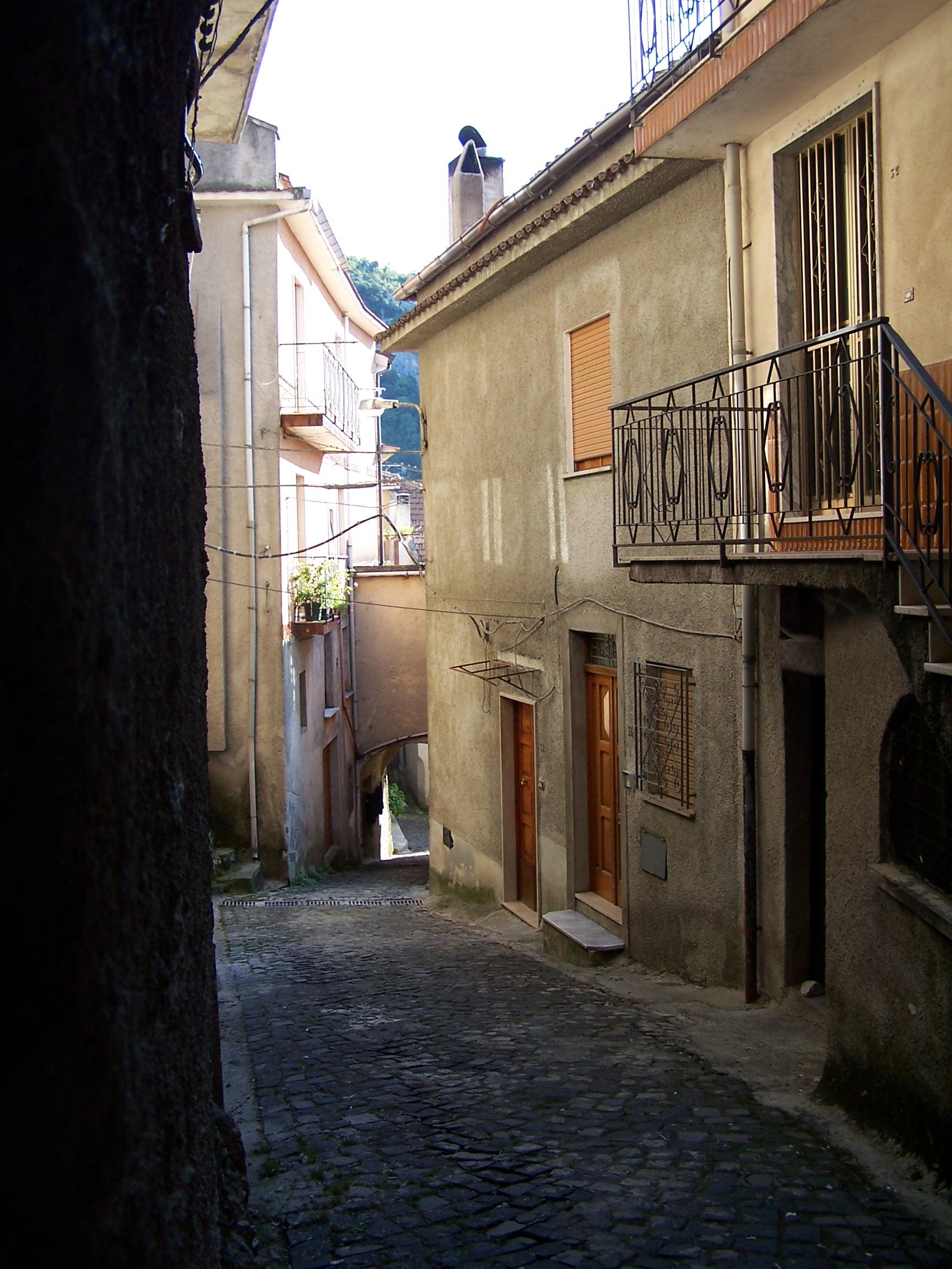 Scorcio Via Lucania